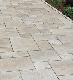 Reminiscent of historic European palaces, a French pattern floor will look just as elegant and impressive, especially with Travertine tiles. Outdoor Tiles Floor, Outdoor Pavers, Outdoor Flooring, Outdoor Pergola, Outdoor Rooms, Outdoor Living, Pool Paving, Garden Paving, Travertine Pavers