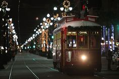 A Guide To New Orleans' Best Holiday Dining Deals Traditional Christmas Dinner, Christmas Dinner Menu, Celebration In The Oaks, New Orleans Christmas, Merry Christmas, French Creole, Visit New Orleans, Tivoli Gardens, Amazing Destinations