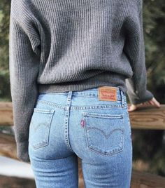 Manual Driving Made Easy www. Servicing Mount (Mt) Waverley and surrounding Suburbs of Melbourne, Australia Women's Jeans - Mode Outfits, Casual Outfits, Fashion Outfits, Fall Winter Outfits, Autumn Winter Fashion, Looks Style, Style Me, Inspiration Mode, Look Vintage