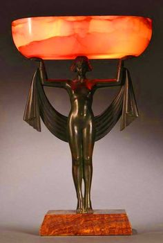 유 Illuminating Lamps 유  Fanny Rozet Art Deco Bronze and Onyx Table Lamp