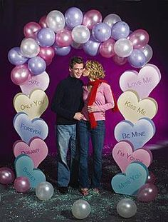 Wedding Reception Decoration Ideas: Candy Heart Balloon Arch