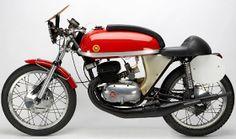 Vintage Bikes, Vintage Motorcycles, Custom Motorcycles, Bike Style, Moto Style, Cafe Racer Bikes, Racing Motorcycles, Old Bikes, Classic Bikes
