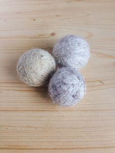 Tres pompones: Bolas para la secadora