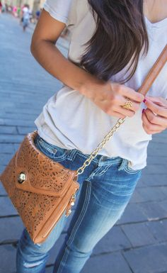 Casual & cute - love the purse