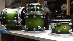 Lime Green to Black Burst