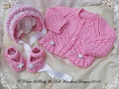 New baby girl gift set cardigan, bonnet and shoes for inch doll Baby Cardigan Knitting Pattern, Baby Knitting Patterns, Knitting Designs, Baby Patterns, Baby Layette, Baby Girl Newborn, Knitting For Kids, Free Knitting, Baby Girl Gift Sets
