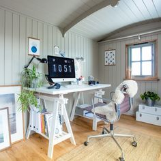The perfect home office in your garden