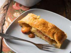 Foto: Claudia Plattner Hot Dog Buns, Hot Dogs, Apple Pie, Bread, Desserts, Food, Cakes, Quick Recipes, Oven