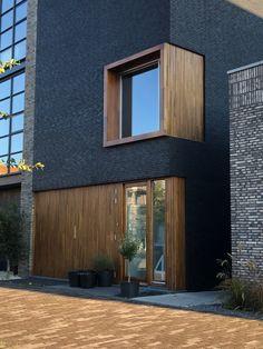 Minimalist Architecture, Interior Architecture, Facade Design, Exterior Design, Japanese Home Design, Studio Apartment Design, Rustic Loft, Brick And Wood, Property Design