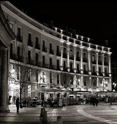 Plaza de Oriente at night, Madrid, Spain