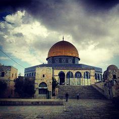 The Beautiful Masjid Qubat Al Sakhra, Al Quds, Palestine.