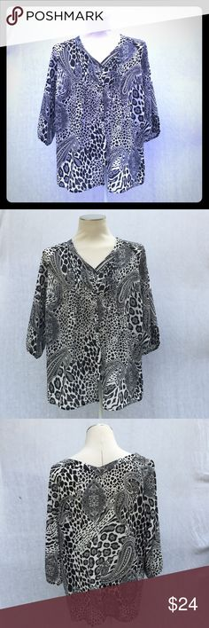 """Plus size B&W top BRAND NEW Avenue brand top. On trend paisley print. Size 18/20. Gorgeous v-neck button down with slight v-neck detail in back, too! Flowy and comfortable. Great for summer. Measurements- about 24.5"""" from armpit to armpit. About 29"""" from top of shoulder to hem.🚫NO TRADES Avenue Tops"""
