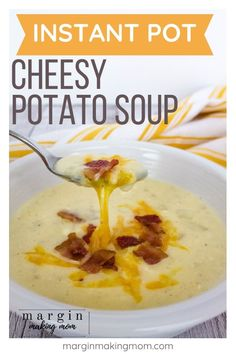 Instant Pot cheesy potato soup is restaurant quality but it's a super easy weeknight pressure cooker meal! Rich and creamy it's made quick by using frozen hashbrowns! Perfect for a busy weeknight! Cheesy Potato Soup, Baked Potato Soup, Loaded Baked Potatoes, Cheesy Potatoes, Slow Cooker, Pressure Cooker Recipes, Instant Pot, Frozen Hashbrowns, Gastronomia