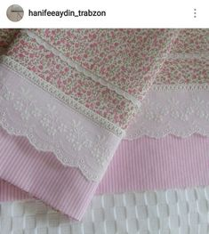 Cutwork Embroidery, Hand Embroidery Designs, Shabby Chic Pillows, Shabby Chic Decor, Girls Frock Design, Baby Sheets, Pastel House, Frocks For Girls, Pillow Cover Design