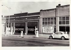 Machen's Ford on Broadway before they moved to the Worley location, #ColumbiaMO