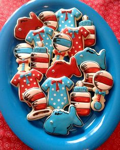 Dr Suess cookies for my sis in laws baby shower! Baby Shower Decorations For Boys, Boy Baby Shower Themes, Baby Shower Invitations For Boys, Baby Boy Shower, Baby Shower Ideas Dr Seuss, Dr Suess Baby, Baby Motiv, Dr Seuss Birthday Party, Baby Shower Invitaciones