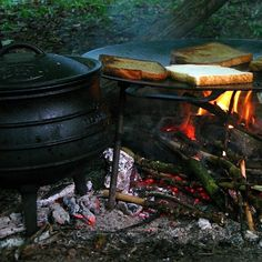 Fried for this morning cooked on a on an Campfire Food, Bushcraft, No Cook Meals, Wilderness, Fries, Oxford, Bread, Cooking, Breakfast