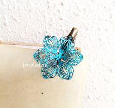turquoise  cheveux  Clip  mariage  de mariée  par Jewelsalem, $9.99
