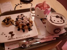 hello-kitty_cafe_042813