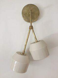 home decor inspo Sconce Lighting, Home Lighting, Modern Lighting, Lighting Design, Lighting Ideas, Brass Sconce, Brass Chandelier, Plywood Furniture, Concrete Lamp