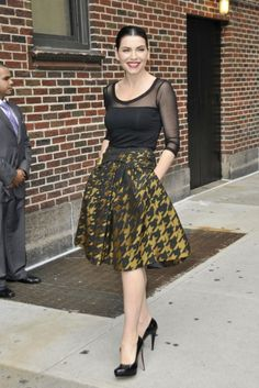 I am seriously contemplating buying a gold and black houndstooth skirt. My love for houndstooth  and Julianna Margulies knows no bounds, clearly.
