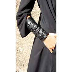 NEW Collection SS/15 Black Extravagant Leather Bracelet Genuine... (78 BGN) via Polyvore featuring jewelry, bracelets, cuff jewelry, black leather jewelry, zipper jewelry, leather jewelry and kohl jewelry