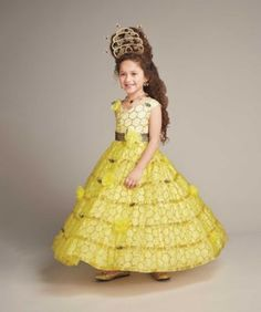 queen bee girls costume - exclusively ours - Why be a bee, when you can be the queen bee! #halloween #girlscostume