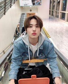 Byungchan ♡ celerio x brown color - Brown Things Lee Dong Wook, Look At My, Kpop Couples, Kpop Guys, Victon Kpop, Love My Kids, K Idol, Produce 101, Day6