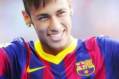 Neymar Photos - Neymar smiles during the official presentation as a new player of FC Barcelona at Camp Nou Stadium on June 2013 in Barcelona, Spain. - Neymar Unveiled as New FC Barcelona Player Neymar Barcelona, Fc Barcelona Players, Barcelona Football, Neymar Jr, Real Madrid, Neymar Images, Sports Predictions, Little Bit, Sports
