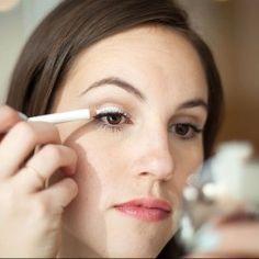 25 Makeup Tips All Older Women Should Know. www.sophyview.com.