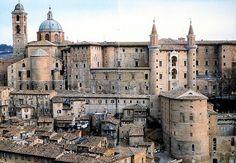 Luciano Laurana (with Alberti and Francesco di Giorgio),Ducal Palace, Urbino  #TuscanyAgriturismoGiratola