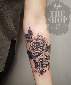 coolTop Geometric Tattoo - The Shop Tattoo Co best tattoo shop in toronto geometrical tattoo rose tattoo. rose tattoo ideas Geometric Tattoo – The Shop Tattoo Co best tattoo shop in toronto geometrical tattoo rose tattoo… Tattoo Girls, Back Tattoo Women, Girl Tattoos, Tattoos For Guys, Tattoos For Women, Tatoos, Trendy Tattoos, Sexy Tattoos, Body Art Tattoos