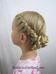 This Mom has tons of great tutorials for long hair updos, they look stunning but are actually pretty simple. I can't wait to get my hands on some long hair to try some of these! BabesInHairland.com