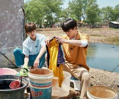 Washing Clothes Together With JJ Hyung~😘