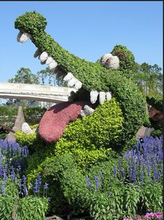 The story of Peter Pan and captain Hook isn't complete without the clock croc who swallowed Hook's hand. And I guess Disney World agrees. It's a pretty iconic character and makes a super awesome shrub sculpture, too.