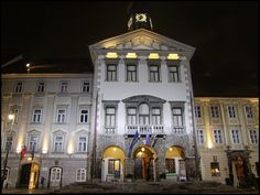 https://flic.kr/p/nY1YGY | LIUBLIANA (ESLOVENIA) | Liubliana (en esloveno: Ljubljana, en alemán: Laibach en italiano: Lubiana es la capital y mayor ciudad de Eslovenia. ---------------------- Ljubljana, German: Laibach, Italian: Lubiana, is the capital and largest city of Slovenia and its only centre of international importance It is located in the centre of the country in the Ljubljana Basin, and is the centre of the City Municipality of Ljubljana. With approximately 280,000 inhabitants, it…