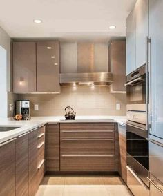 U Shaped Kitchen With Island Backsplash