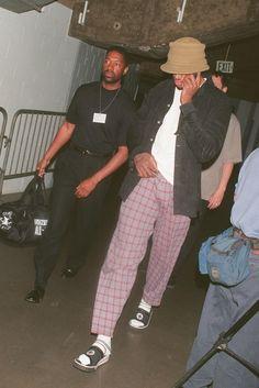 The Best Dennis Rodman Outfits Nba Fashion, Streetwear Fashion, Fashion Outfits, 90's Hip Hop Fashion, Mode Outfits, Retro Outfits, 90s Hip Hop Outfits, 90s Outfit Men, Ropa Hip Hop