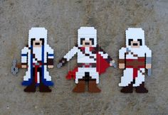 Assassin's Creed Altair, Ezio, And Connor Magnets perler beads by BitByBitArt on DeviantArt