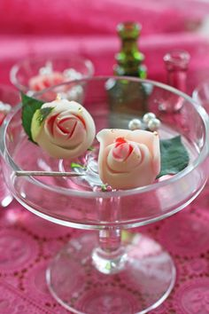 は和菓子の日です~バラの上生菓子   rose