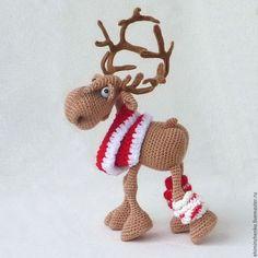 Knitting easy animals teddy bears ideas for 2019 Crochet Deer, Crochet Animal Amigurumi, Cute Crochet, Amigurumi Patterns, Crochet Dolls, Crochet Patterns, Crochet Christmas Decorations, Christmas Toys, Christmas Deer