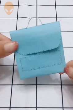 10 Enjoyable & Straightforward Origami Concepts For New Yr - DIY Tutorials Vid.- 10 Enjoyable & Straightforward Origami Concepts For New Yr – DIY Tutorials Movies Diy Origami, Origami Ball, Paper Crafts Origami, Origami Ideas, Simple Origami, Diy Crafts For Gifts, Diy Home Crafts, Diy Arts And Crafts, Crafts For Kids