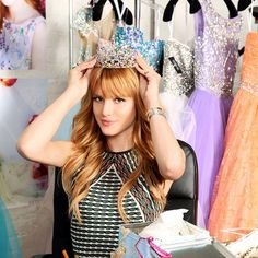 bella-thorne-crown
