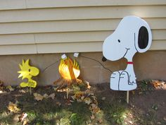 3 Piece set featuring Handmade Cartoon dog and bird sign for your yard by tomscraftcastle on Etsy