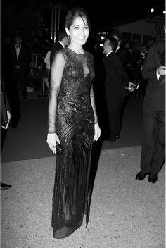 Dans les coulisses de Cannes, jour 1 , L'actrice et égérie L'Oréal Frida Pinto au dîner d'ouverture du Festival de Cannes