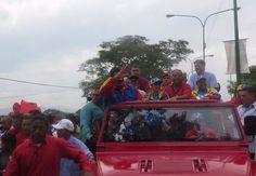 El presidente de la República Nicolás Maduro inauguró una fábrica de autobuses Yutong en Yaracuy.