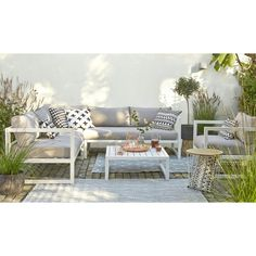 Love this lounge for outside if we have room. If not on front covered verandah. Outdoor Furniture Sets, Home And Living, Balcony Furniture, Furniture, Home, Outdoor Space Design, Small Yard Design, Outdoor Spaces, Home Deco