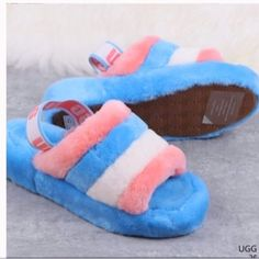 Ugg Sandals, Ugg Shoes, Cute Uggs, Fluffy Shoes, Trendy Outfits, Fashion Outfits, Cute Slippers, Fur Boots, Shoe Game