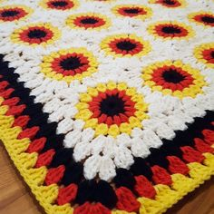 custom #sunburst #grannysquare #babyblanket I made inspired by the colors of the German flag!  #crochet