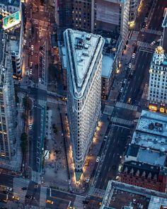 Flatiron Building by culturizandonyc #newyorkcityfeelings #nyc #newyork